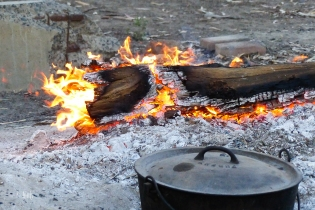 Camp Oven Dinner
